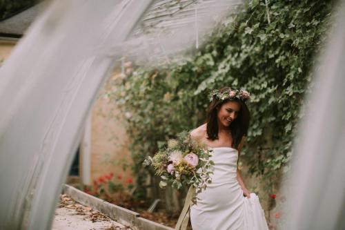 Bridal florals - Photo Esme Ducker Photography